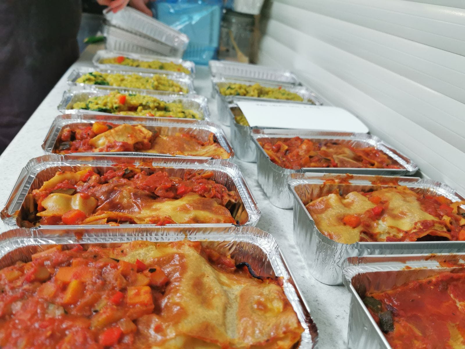 Rows of plant-based Beehive meals ready to deliver around Melbourne
